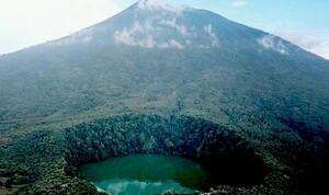 Gunung Api Gamalama 'Batuk' Lagi