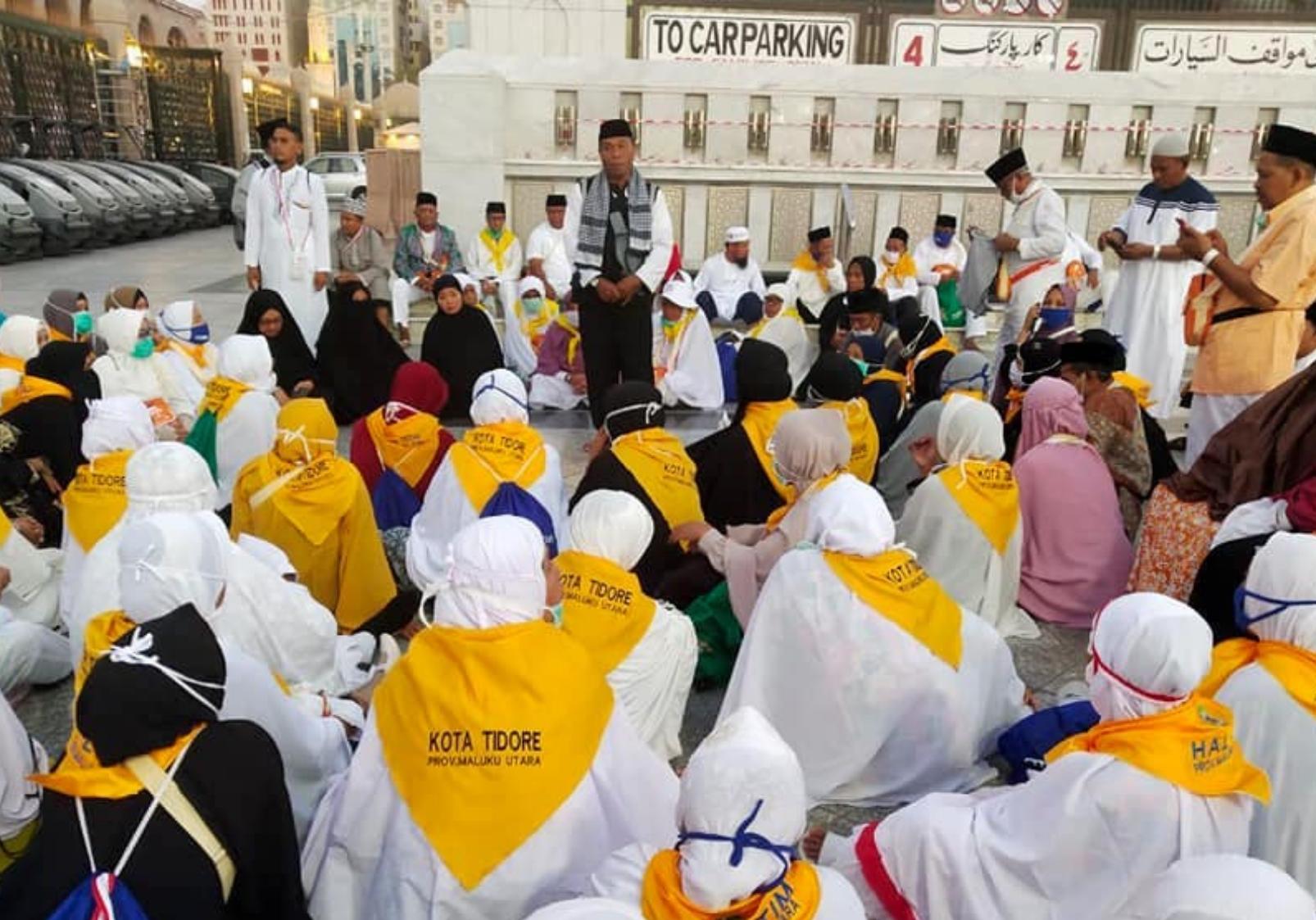 Calon Haji asal Maluku Utara Ziarah di Pasar Kurma dan Masjid Quba