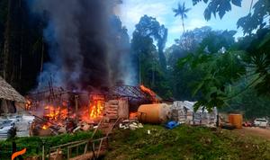 Lokasi Tambang Emas di Loloda Halmahera Terbakar