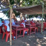 Siswa SD di Tidore Maluku Utara Ikut Ujian di Bawah Terpal