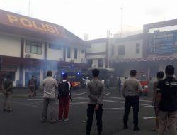 Mabes Polda Maluku Utara di Ternate Terbakar
