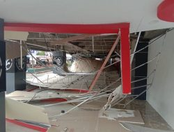 Dugaan Ambruknya Plafon Plaza yang Bangunannya Senilai Rp 92,5 M di Ternate